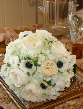 WED Bouquet 4. White